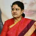 Officers rejects to send Sasikala to private hospital