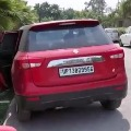 Madhyapradesh Woman Dies of Covid in the Car in Noida