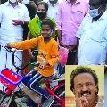 Tamilnadu CM MK Stalin send a gift to Madhurai kid