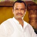 MP Komatireddy fires in CM KCR over corona inclusion on Arogyasri