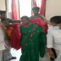 TDP leaders felicitates Ananadaiah wife