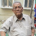 CM Jagan and Chandrababu condolences to the demise of renowned story writer Kalipatnam Ramarao