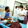 Minister KTR visits TIMS and talked to corona patients