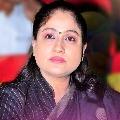 Vijayasanthi questions TRS leaders over Eatala issue