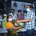 kalamathalli chedodu distributed essential goods to cine workers