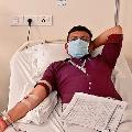 Delhi CM Kejriwal appreciates a reporter who donated his plasma