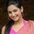 Kannada actress Ragini Dwivedi summoned by CBI in drugs case