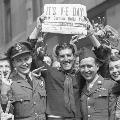 Britain commemorates 75th anniversary of World War II end