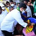 Lokesh visits farmer Krishnamraju family