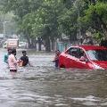 Heavy rains lashes Mumbai city