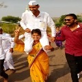 Woman carries husband on shoulders to celebrate panchayat polls victory