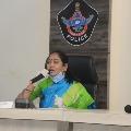Home minister Sucharitha visits Divya Tejaswini parents