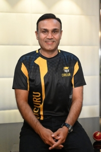 Sehwag launches India's First Experiential learning website for Cricket