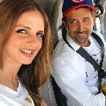 Sussanne Khan moves in with ex husband Hrithik Roshan