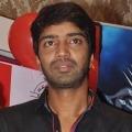 Artist Allari Naresh announces donation to their Nandi movie unit
