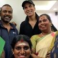 Hero Akshay Kumar donates to transgenders for housing in chennai