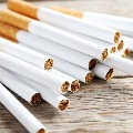 Woman theft Cigarettes from panshop in Hyderabad