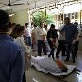 Rishi Kapoor last rites completed in Mumbai